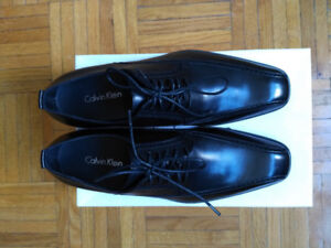 New/Never worn Mens Calvin Klein General Leather shoes Size 7.5