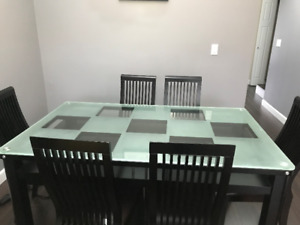 sell washer machine,bed,desk,dinning table set, mattress
