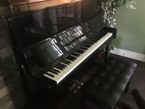 Black gloss finish full size piano