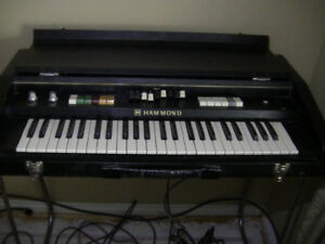 1978 HAMMOND X-2 / 17050K  PORTABLE ELECTRONIC ORGAN / BABY B3