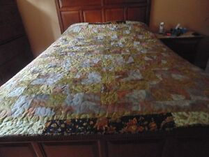 New Double Quilt made in a Non Smoking No Pet Home