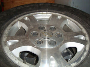 four chevrolet 17 in alloy 6 bolt wheels 1500 4x4