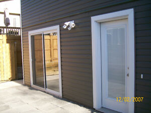 AIRDRIE - Utilities included - WOW!! - Available immediately.