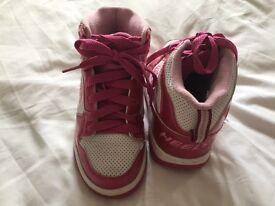Girls HEELEYS pink glitter size 1
