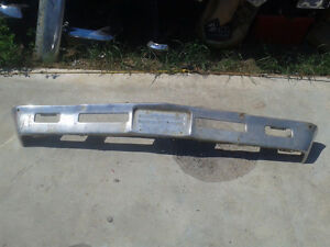 Factory used front bumper off of a 1966 Chevy Chevelle (BP0102) Belleville Belleville Area image 1