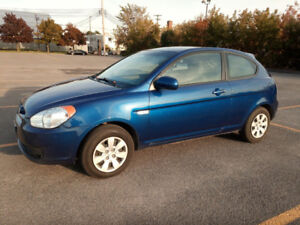 2011 Hyundai Accent L Hatchback 2 door, manuel