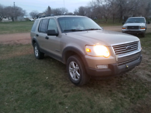 06 Explorer 4x4, loaded, flawless mechanical condition