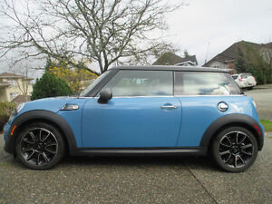 2012 MINI Mini Cooper S Hatchback
