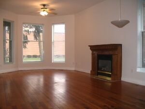 Beautiful 3 & 4 Bedroom Apartments in Woodfield