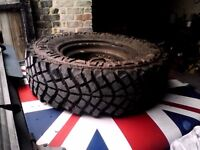 Land Rover mud tyres wheels. 235 / 85 r16 X4