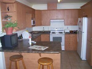 4 1/2 AVRIL ET JUILLET 995 $ terrasse  et 1100 $ premier étage