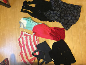 Bag of Size Small Clothing (15 Items)