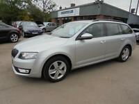 Skoda Octavia 1.6TDI SE CR Estate 2014. From £152.98 per month.