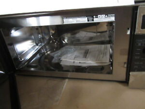 GE Over the Range Microwave/Convection Oven Kawartha Lakes Peterborough Area image 2