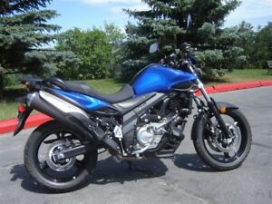 2013 Suzuki DL 650 V-Strom enduro  1358 low km's MINOR DAMAGE ON