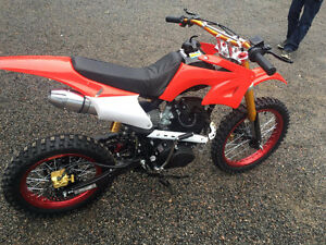 150cc Dirt bike 2016