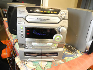PANASONIC CD STEREO SYSTEM SA-AK47 EXCELLENT NO REMOTE