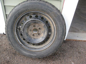 Toyota Four 195/65 R15 winter tires with rims