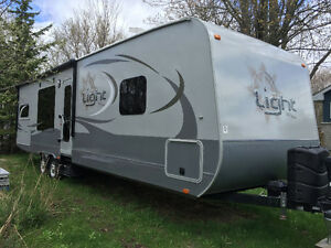 Highland Ridge, Open Range Light 282RKS travel trailer.