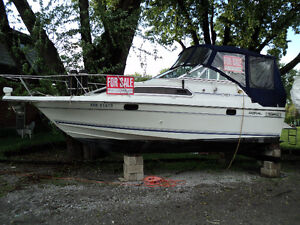 1991 Doral Cavalier 24' Powerboat with Trailer FOR SALE Windsor Region Ontario image 2
