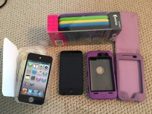 Ipod touch 4th generation + cases