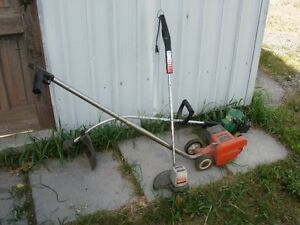 Weed Eater, Village Blacksmith edger/trimmer Peterborough Peterborough Area image 1