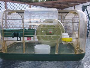 2 cages à hamster et tous les accessoires