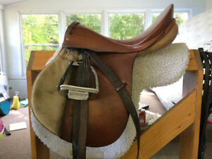 Fels Bach AG English saddle