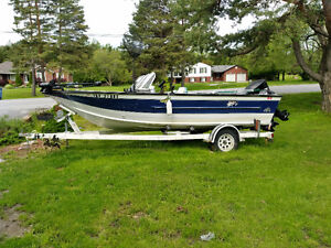 19.5ft fishing boat
