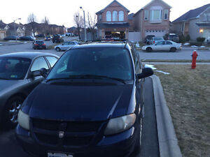 2005 Dodge Caravan Minivan, Van in good condition