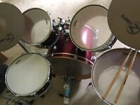 Almost perfect condition drum set
