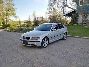 2004 BMW 330i Sedan