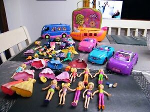 HUGE LOT OF POLLY POCKET DOLLS CLOTHING  PLAYCENTERS