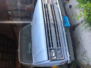 1987 Chevy short box  Diesel