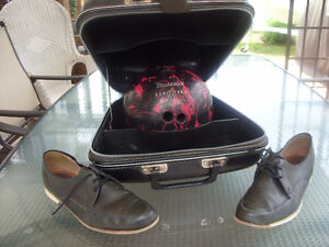 vintage bowling ball,shoes and hard case