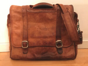 Messenger Bag - Fender Guitars