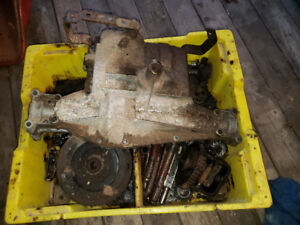 Lawn tractor transmission parts
