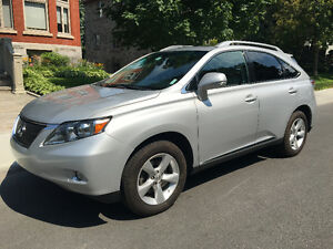 One Owner! No accidents! Lady driven! 2010 Lexus RX350
