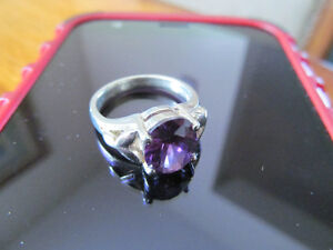 925 SOLID STIRLING SILVER AMETHYST RING $20