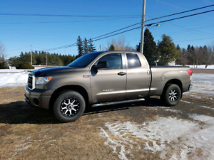 2010 Tundra SR5 4 x 4 for Sale