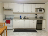 Students 1 bdrm Fully Furnished Suite