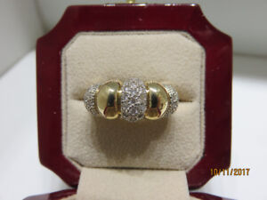 LADIES GOLD RINGS FOR SALE