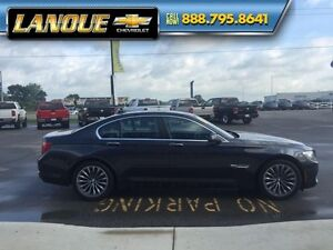 2012 BMW 7 Series 750i   WOW... LOW KMS!!  BEAUTIFUL CAR Windsor Region Ontario image 9