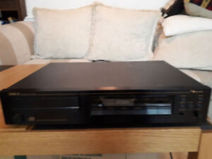 Nakamichi OMS-2 CD Player with remote