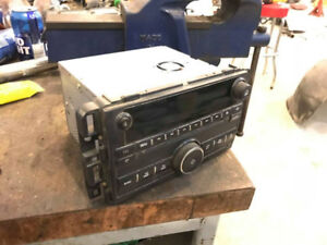 Factory Radio for 07-13 Chevy / GMC