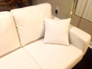 New 3-seat couch (white) London Ontario image 2