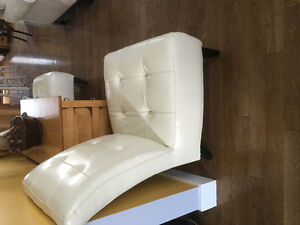 Chaise / 2 chairs for sale Strathcona County Edmonton Area image 2