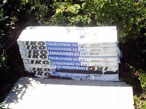 9 paquets de bardeaux d'asphalte neufs noirs - Aubaine 14$