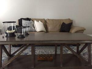 Living Room Complete Set London Ontario image 5