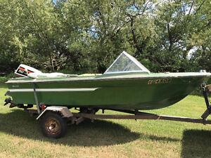 70's Boat & Trailer